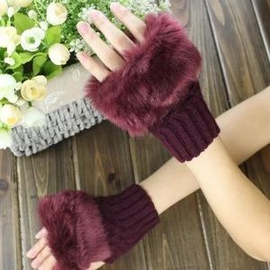Burgundy Holiday Fur Gloves